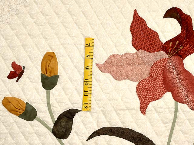 King Gold Sage and Brick Red Petal Showcase Quilt Photo 5
