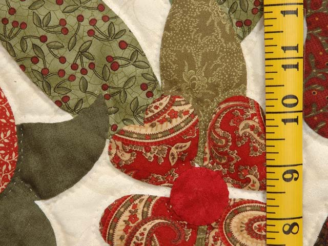 Paisley Red and Gold Spring Basket Quilt Photo 6