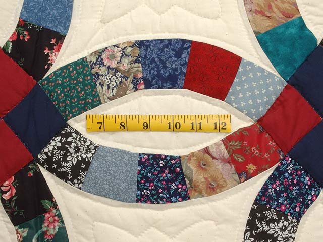 Red Navy and Multicolor Double Wedding Ring Quilt Photo 5