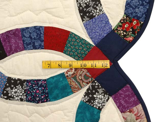 Red Navy and Multicolor Double Wedding Ring Quilt Photo 7