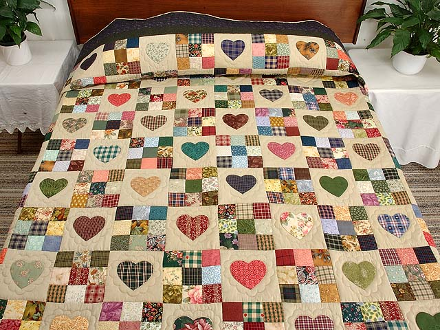 King Navy Green and Multi Hearts and Nine Patch Quilt Photo 1