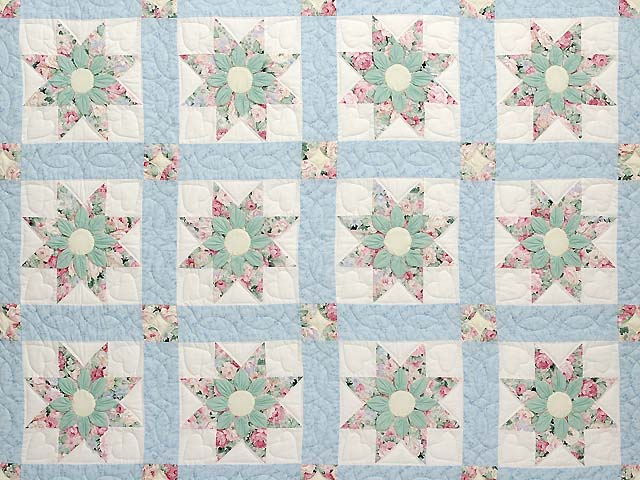 Pastel Blue Rose and Green Dahlia Star Quilt Photo 3