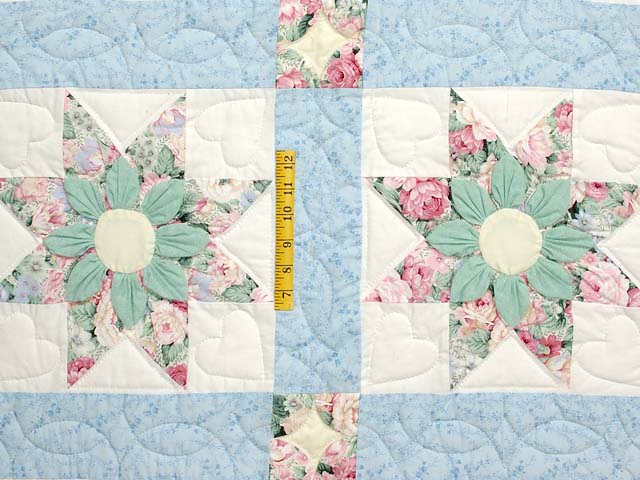 Pastel Blue Rose and Green Dahlia Star Quilt Photo 4