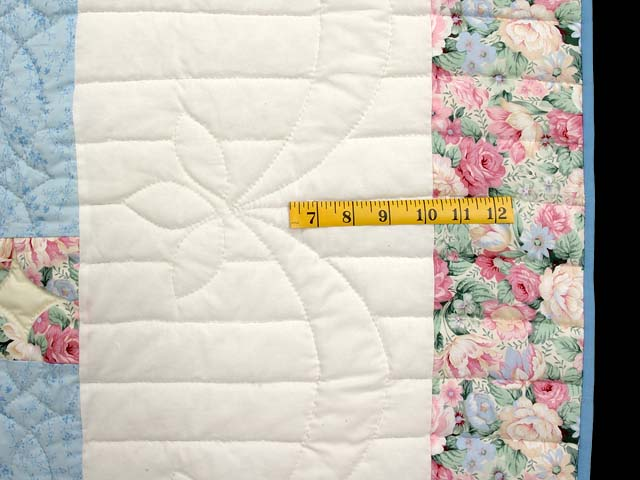 Pastel Blue Rose and Green Dahlia Star Quilt Photo 7