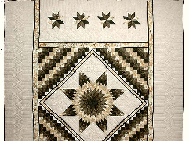Moss Green and Beige Lone Star Trip Quilt Photo 2