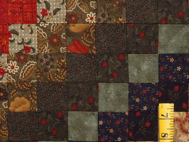 King Gold Brick and Moss Color Splash Quilt Photo 5