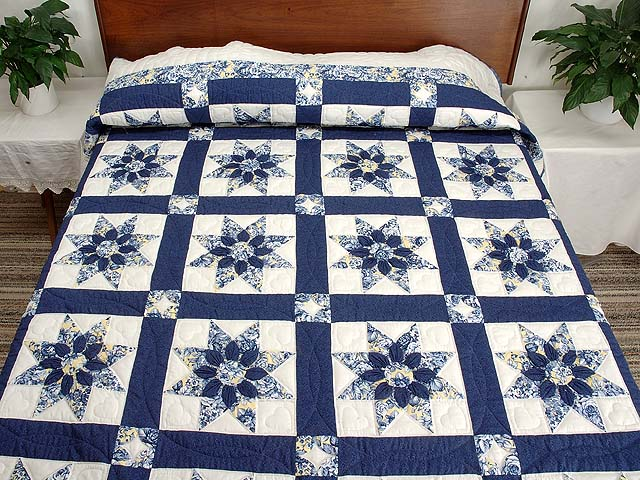 Navy and Yellow Dahlia Star Quilt Photo 1