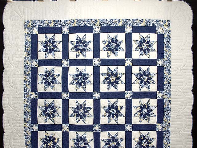 Navy and Yellow Dahlia Star Quilt Photo 2