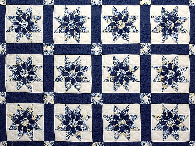 Navy and Yellow Dahlia Star Quilt Photo 3