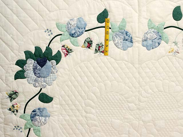 Blue Mint and Ivory Heart of Roses Quilt Photo 4