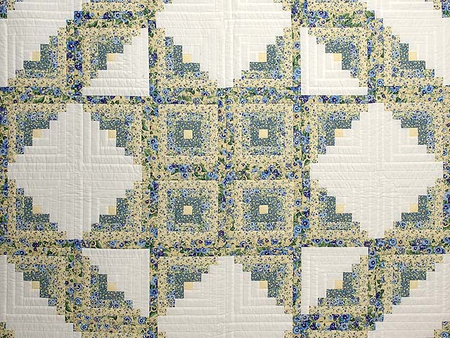 Pansy Blue and Yellow Log Cabin Star Quilt Photo 3