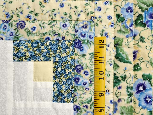 Pansy Blue and Yellow Log Cabin Star Quilt Photo 5