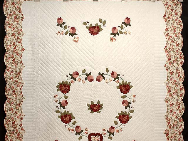 Dusty Rose and Moss Heart of Roses Quilt Photo 2