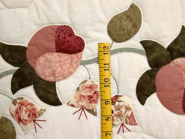 Dusty Rose and Moss Heart of Roses Quilt Photo 5