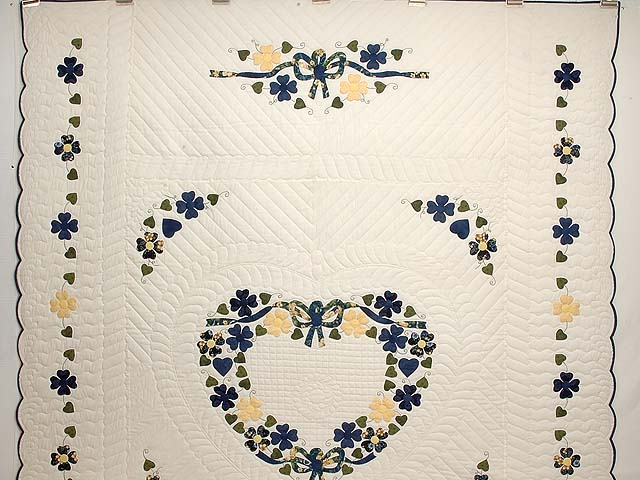Navy and Yellow Heart Bouquet Quilt Photo 2