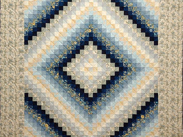 Navy Blue and Gold Trip Around the World Quilt Photo 3