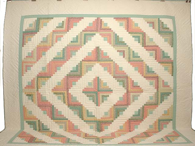 King Pastels Log Cabin Quilt Photo 2
