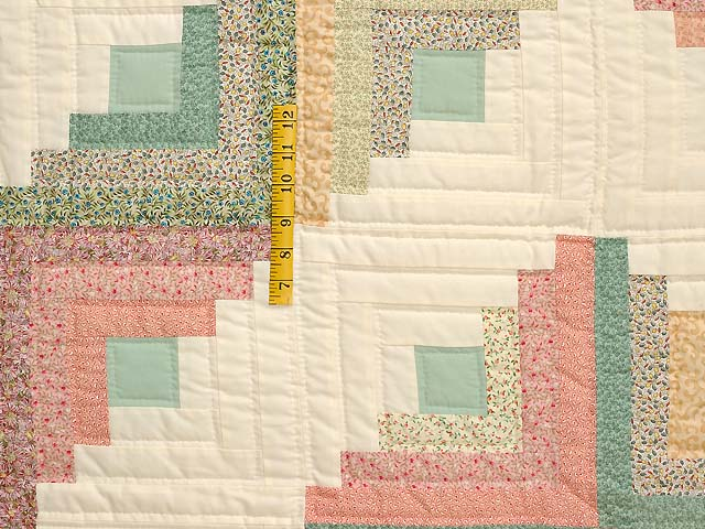 King Pastels Log Cabin Quilt Photo 4