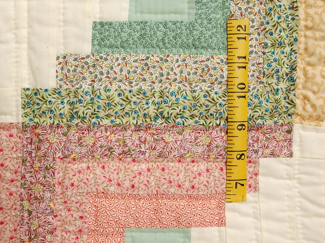 King Pastels Log Cabin Quilt Photo 5