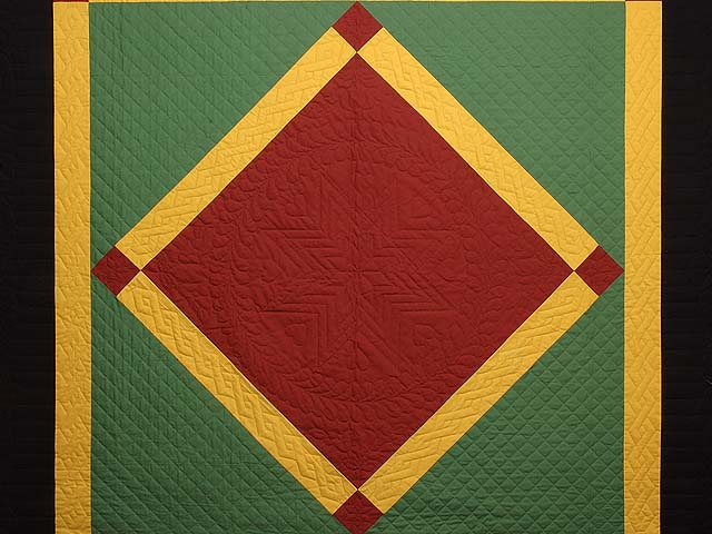 Extra Fine Midwestern Amish Colors Center Diamond Quilt Photo 3