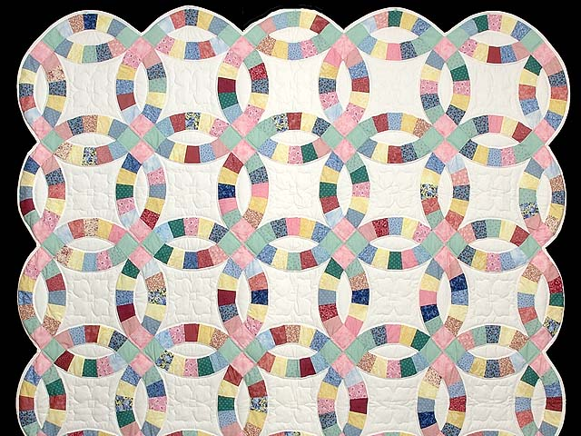 Twin Pastel Double Wedding Ring Quilt Photo 2