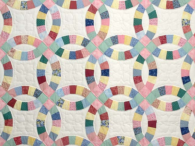 Twin Pastel Double Wedding Ring Quilt Photo 3