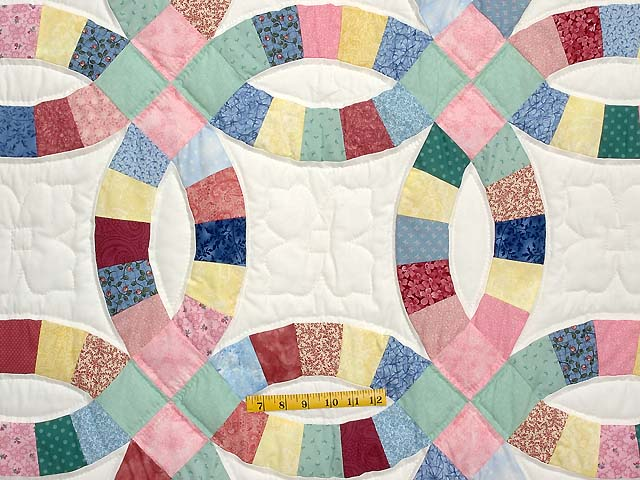Twin Pastel Double Wedding Ring Quilt Photo 4