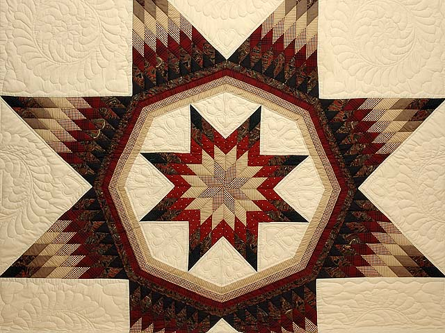 Country Colors Royal Star of Maryland Quilt Photo 3