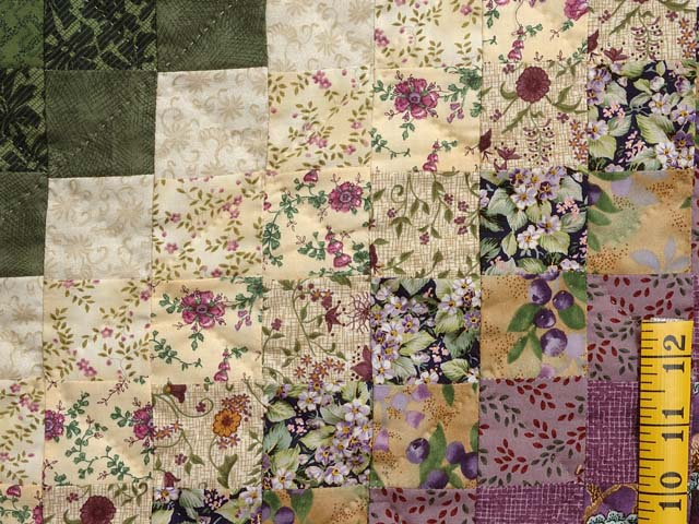 Lavender and Green Trip Around the World Quilt Photo 6