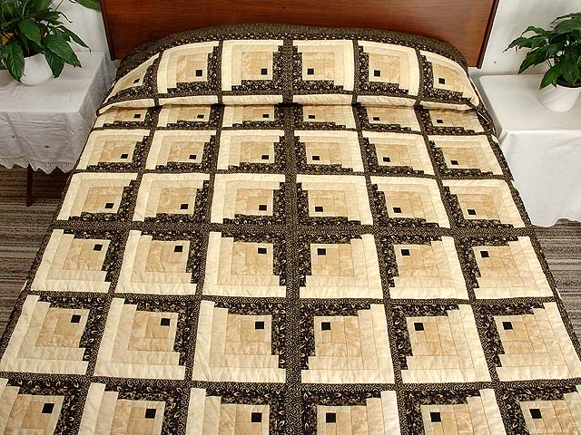 King Black and Gold Off Center Log Cabin Quilt Photo 1