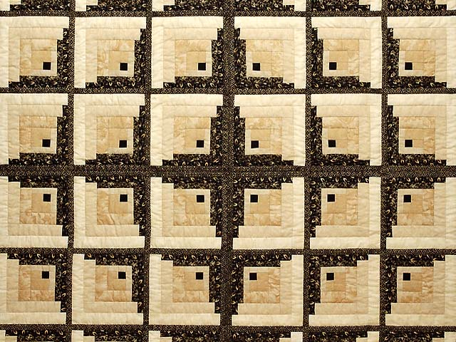 King Black and Gold Off Center Log Cabin Quilt Photo 3