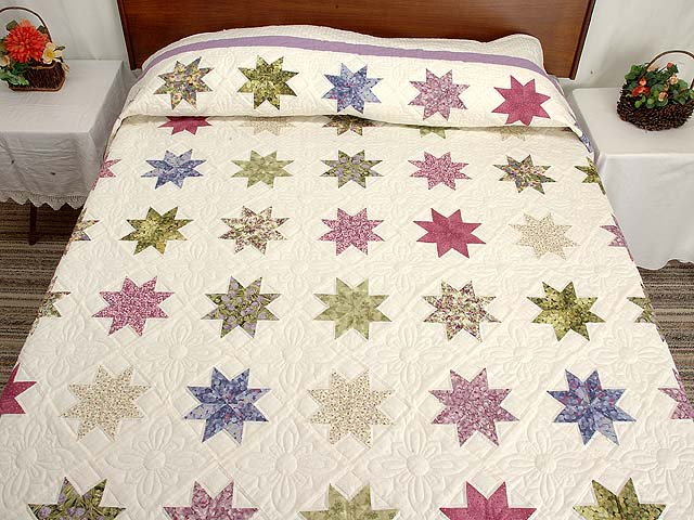Lavender and Multi Variable Stars Quilt Photo 1