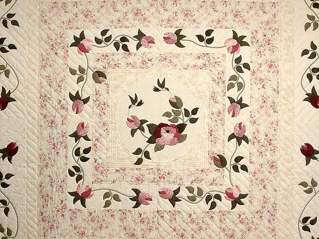 Rose and Cream I Promised You a Rose Garden Quilt Photo 3