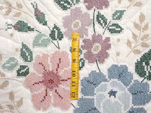 Cross Stitch Floral Bouquet Quilt Photo 5
