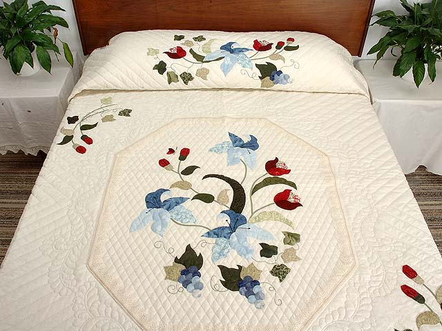 King Blue and Rose Petal Showcase Quilt Photo 1