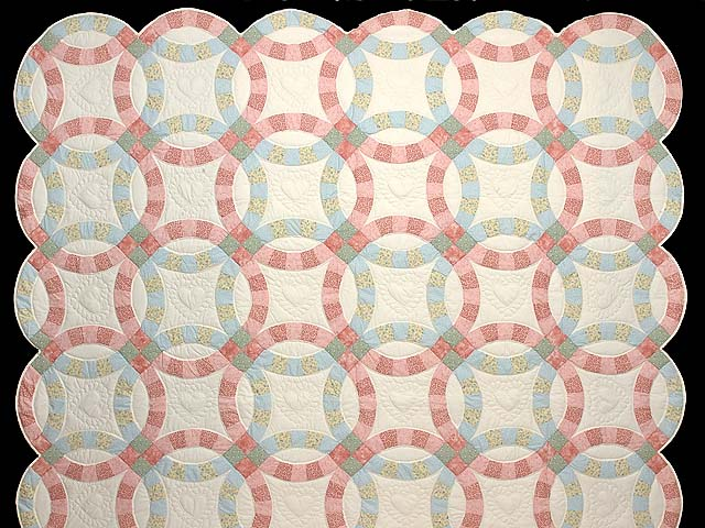 Pastel Pink and Blue Double Wedding Ring Quilt Photo 2