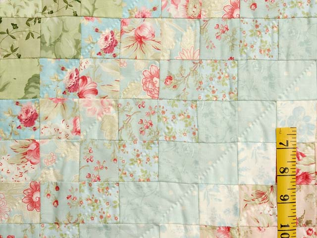 Willow and Pastels Color Splash Quilt Photo 5