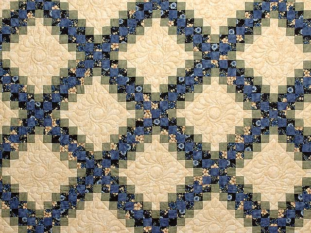 Blue Green And Tan Triple Irish Chain Quilt Photo 3