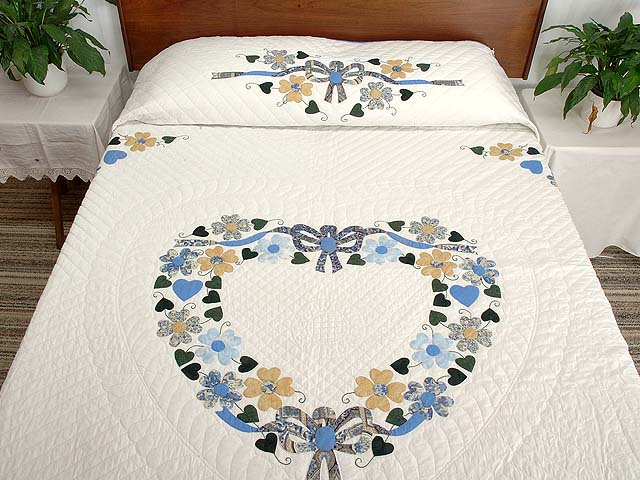 King Blue and Gold Heart Bouquet Quilt Photo 1