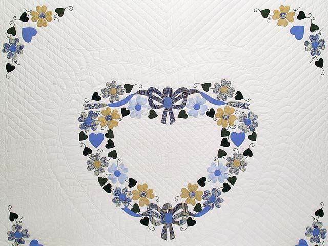 King Blue and Gold Heart Bouquet Quilt Photo 3