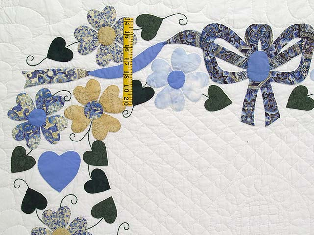 King Blue and Gold Heart Bouquet Quilt Photo 4