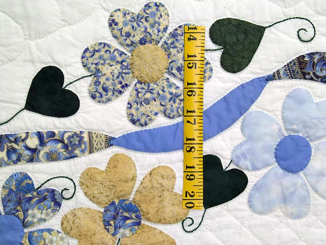 King Blue and Gold Heart Bouquet Quilt Photo 5