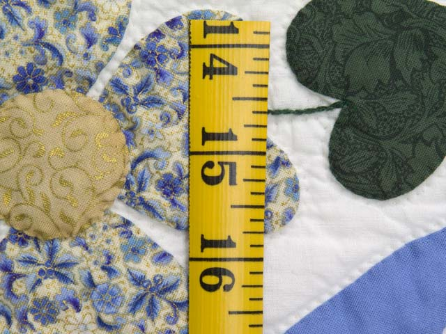 King Blue and Gold Heart Bouquet Quilt Photo 6