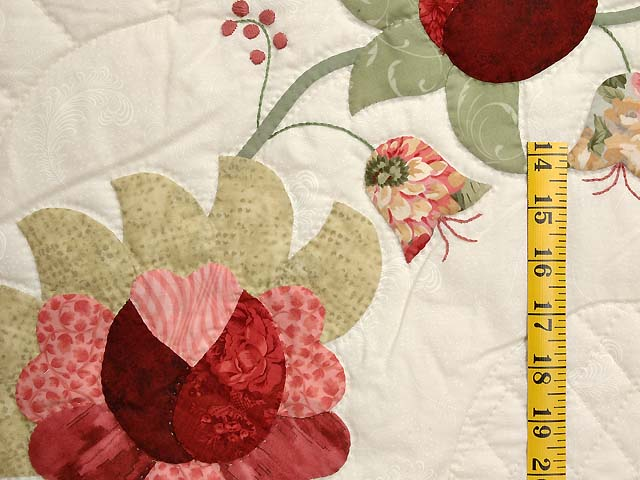 Willow and Paprika Heart of Roses Quilt Photo 5