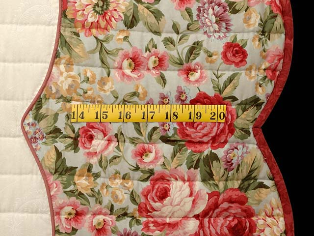 Willow and Paprika Heart of Roses Quilt Photo 7