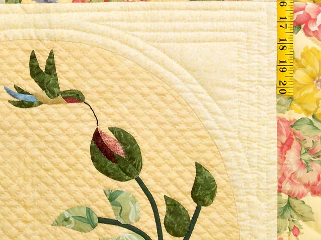 Yellow Wheat and Rose I Promised You a Rose Garden Quilt Photo 5