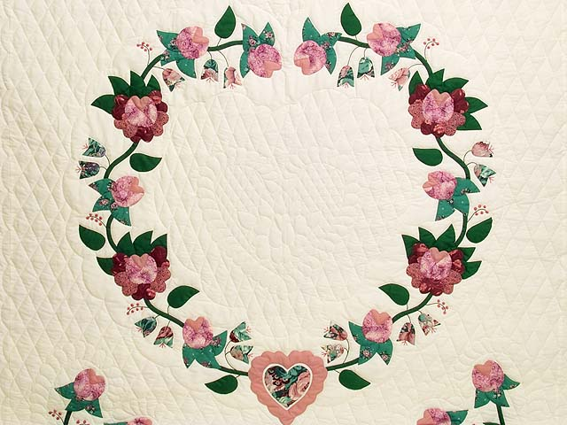 Rose and Green Heart of Roses Quilt Photo 3