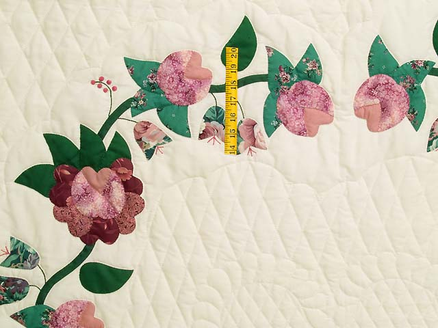 Rose and Green Heart of Roses Quilt Photo 4