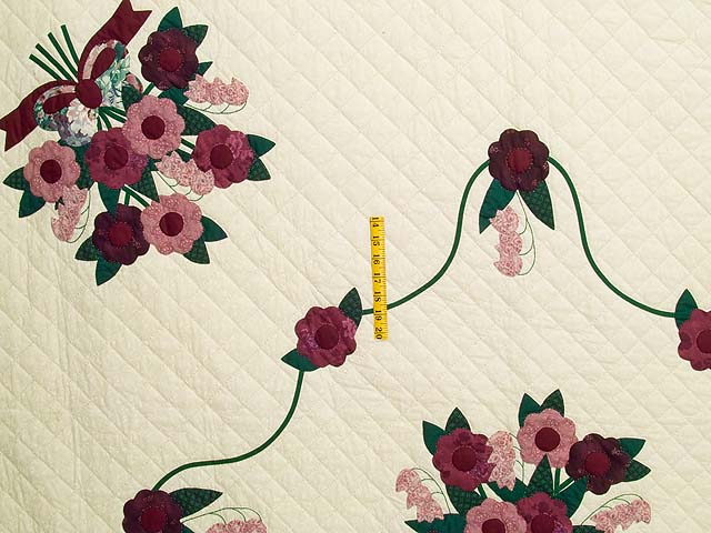 Raspberry Burgundy and Green Rose of Sharon Quilt Photo 4