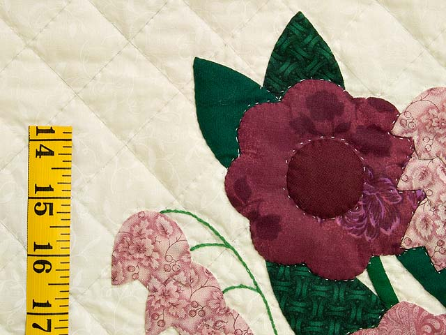 Raspberry Burgundy and Green Rose of Sharon Quilt Photo 6